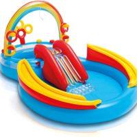 wasserspielzeug für draußen spielzeug für den garten plantschbecken mit rutsche